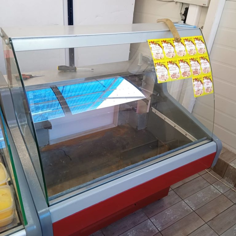 Замена датчика торгового холодильника