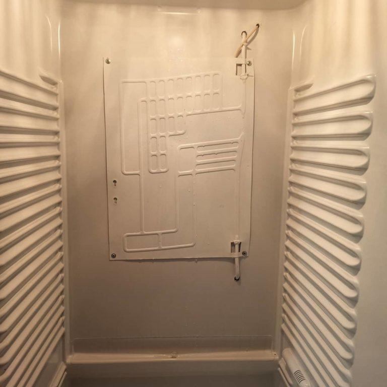 Установка выносного испарителя холодильной камеры